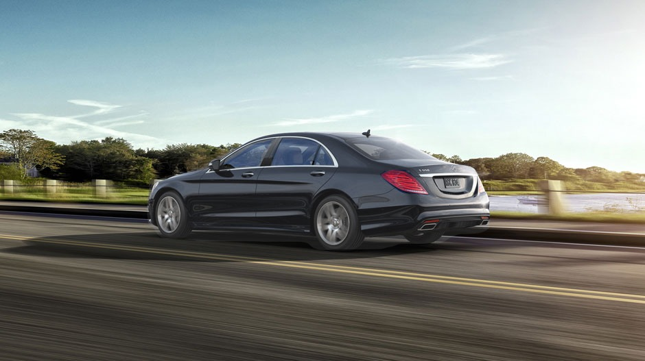 Maybach 2 3 pass limousine stockholm transfer sedan for Mercedes benz st charles mo